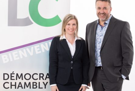 Lucie Girard candidate pour Démocratie Chambly
